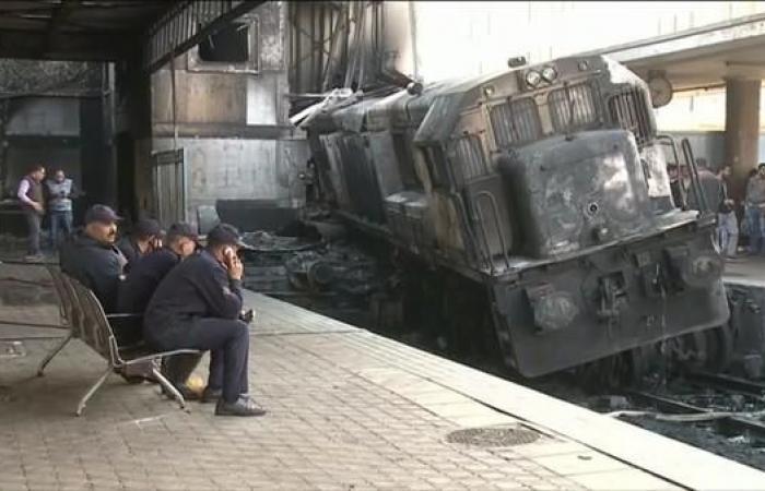 مصر   ارتفاع عدد ضحايا حادث قطار محطة مصر إلى 22 قتيلاً