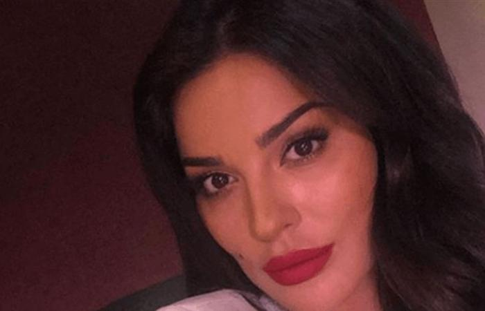 كيف تبدو نادين نسيب نجيم من دون مكياج؟ (صورة)