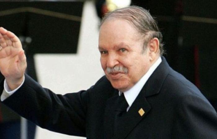 بوتفليقة ينسحب من الرئاسيات ويؤجل موعدها