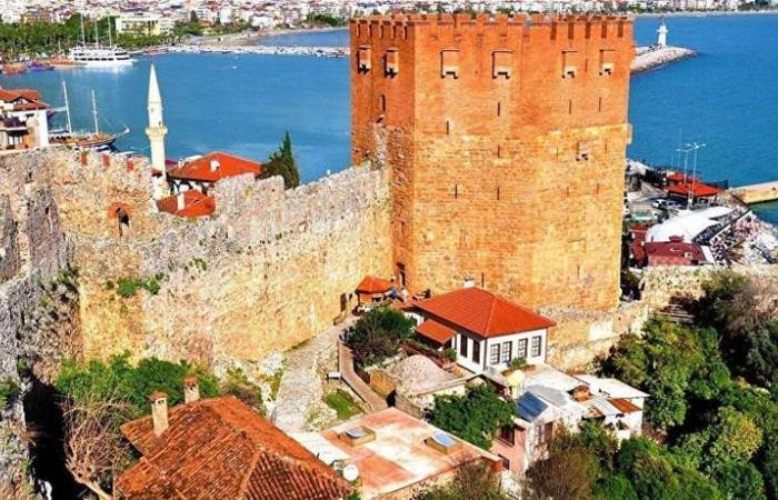 أنطاليا التركية تتجه نحو 'السياحة الحلال'