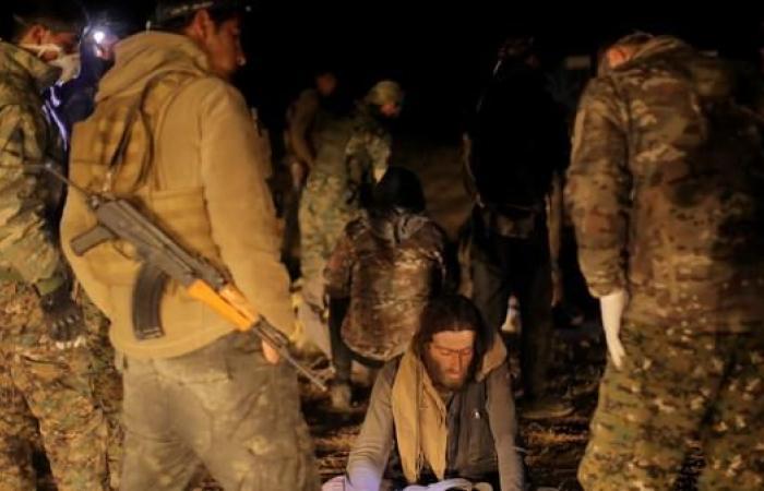 """سوريا   """"دولة الخلافة"""" تنهار.. وداعش يستنفر مناصريه بتسجيل جديد"""