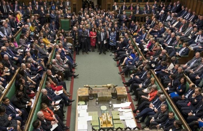 النواب البريطانيون يستعدون للتصويت على بريكست دون اتفاق