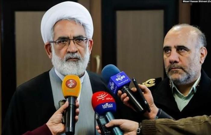 إيران | إيران تطالب كندا بتسليم مطلوبين بملفات فساد كبرى