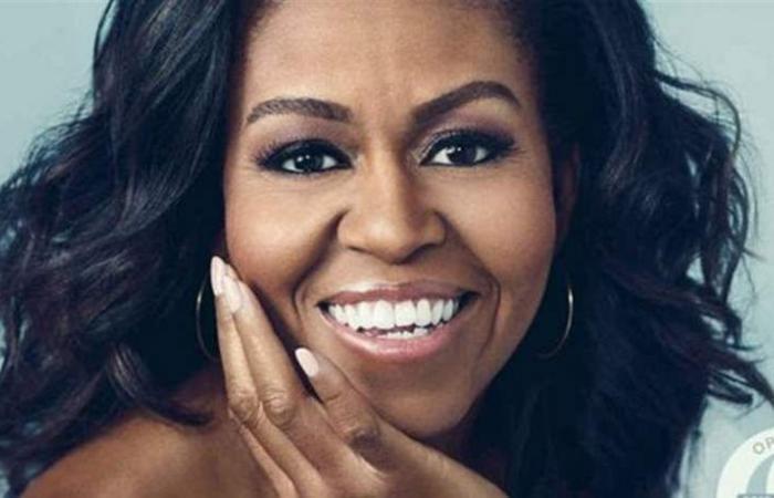 ميشال أوباما تخطف الأنظار بتصميم إيلي صعب.. شاهدوا ماذا اختارت! (صورة)