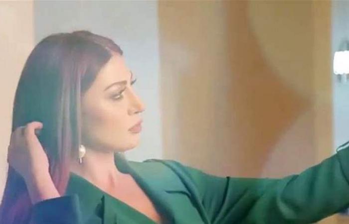 ممثلة سورية بإطلالات ساحرة... ماذا قالت عن الجرأة؟
