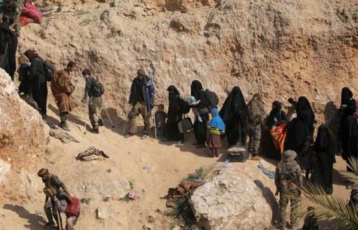 سوريا | هجوم انتحاري يستهدف مغادرين من آخر جيب لداعش في سوريا