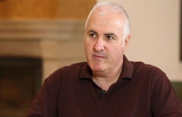 "جان عزيز: ""ابن رئيس حكومة أخد ٧ ملايين $ ومصرف لبنان عوّض""!"
