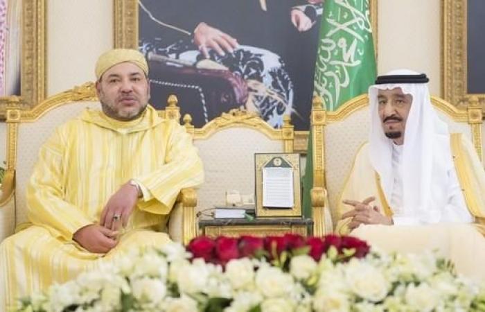 الخليح | خادم الحرمين الشريفين يجري اتصالاً هاتفياً بملك المغرب