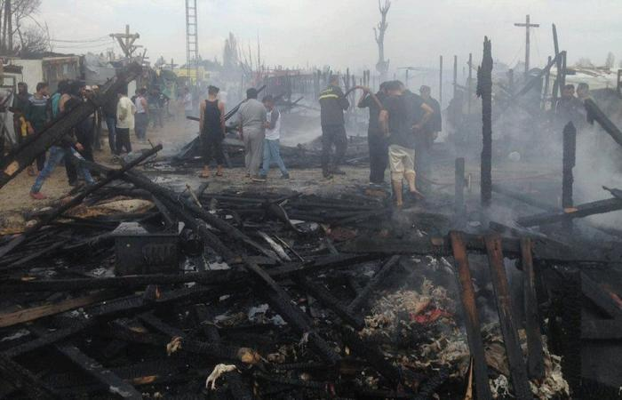 حريق في مخيم للّاجئين في تعنايل