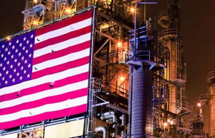بعد إنخفاض الأسعار العالمية.. تقلص عدد حفارات النفط الأميركية