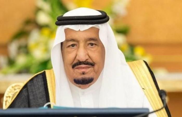 الخليح | الملك سلمان يتوج الليلة الفائزين بجائزة الملك فيصل