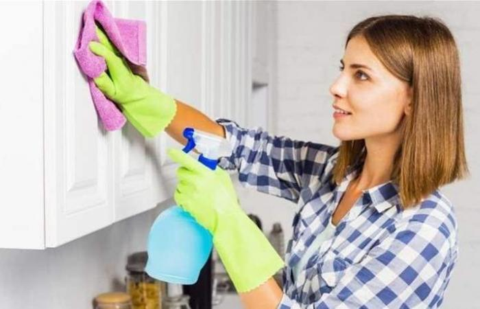 التكنولوجيا تساعدك في تنظيف المنزل.. تعرفي على هذه التطبيقات