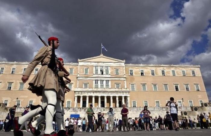 أول مسجد رسمي في أثينا يفتح أبوابه قبل الصيف