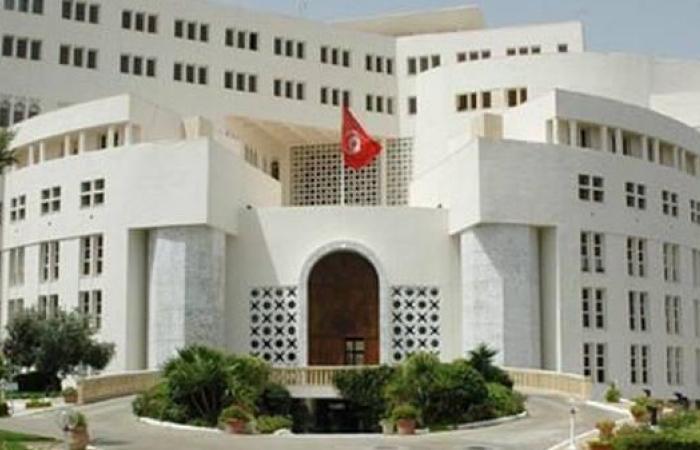 """تونس """"قلقة"""" من أزمة ليبيا.. وتعزز أمن الحدود"""