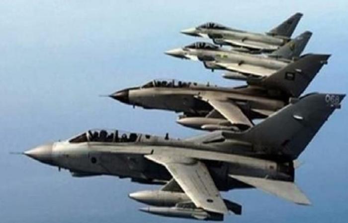 اليمن   التحالف يقصف معسكرا للحوثي في ضاحية شرق صنعاء