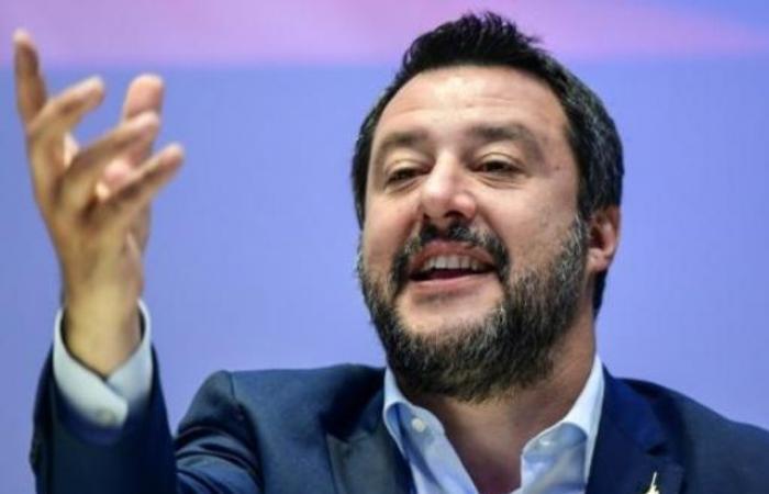 سالفيني يريد إطلاق تحالف سيادي للأوروبيين