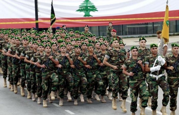 العسكر في السياسة: انكفاء الجيش وقوى الأمن