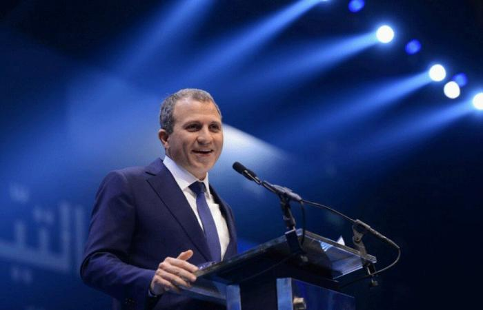 باسيل التقى مسؤولاً إسرائيلياً رفيعاً في موسكو!