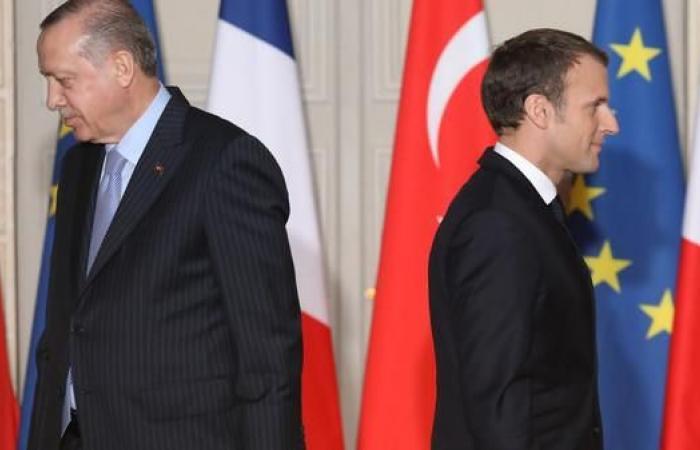 سوريا | بعد غضب أنقرة.. مسؤول كردي يكشف وعود باريس