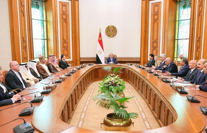 مصر | السيسي يدعو لتحصين الشباب العربي من إيديولوجيات دخيلة