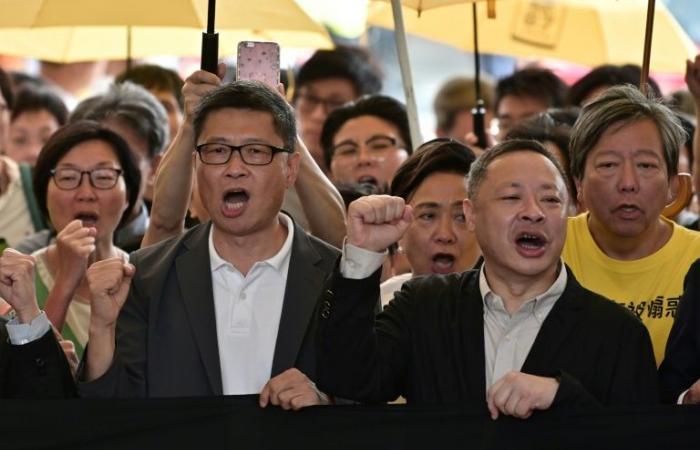 أحكام بالسجن بحق قادة الحراك الديموقراطي في هونغ كونغ