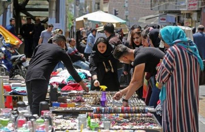الشارع الإيراني يستعد لأيام أقسى بعد تشديد العقوبات الأميركية
