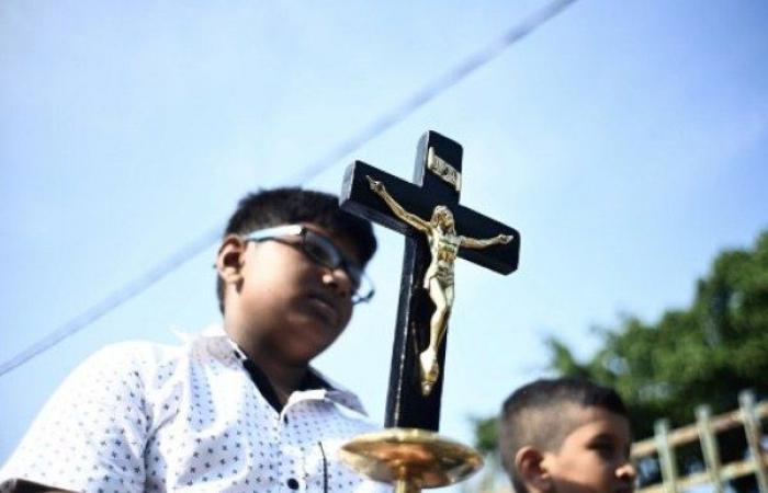 سريلانكا تغلق كافة الكنائس الكاثوليكية حتى إشعار آخر