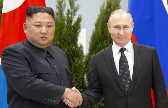 """بوتين يطالب بـ""""ضمانات أمنية"""" لكوريا الشمالية منددًا بـ""""قانون الأقوى"""""""