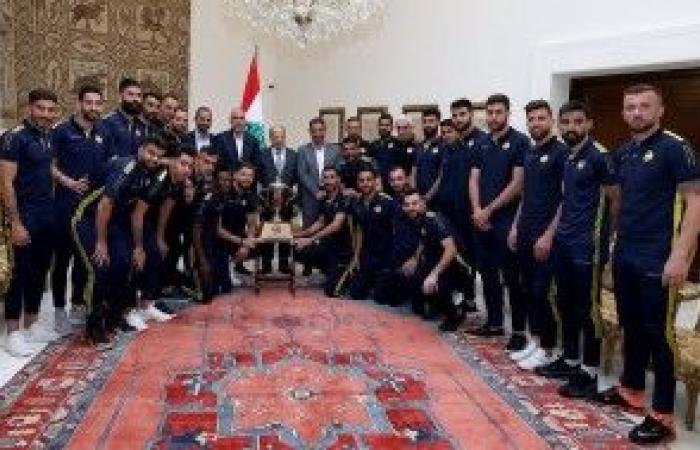 عون إستقبل وفدا من نادي العهد