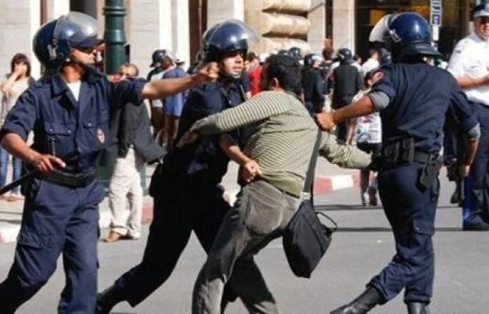 الشرطة المغربية تفرق تظاهرة للمعلمين بخراطيم المياه
