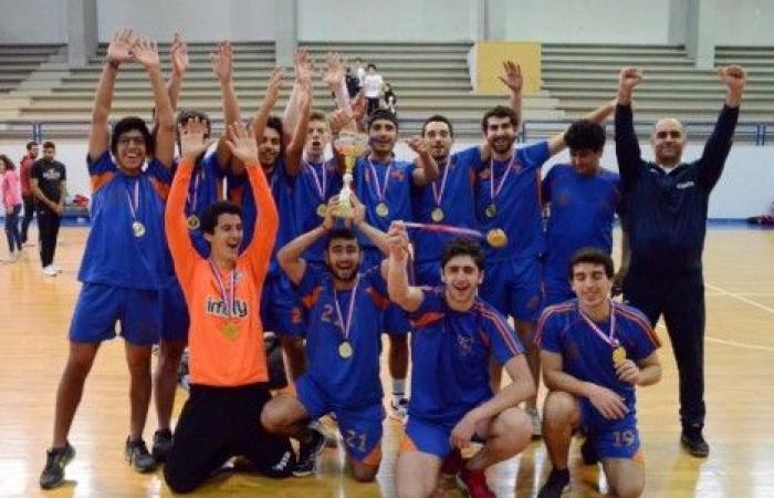 بطولة كرة اليد المدرسية: الجمهور للذكور ومنارة جبل عامل للاناث