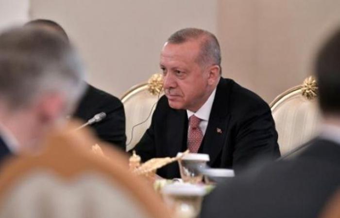 """إردوغان يهاجم ماكرون من جديد بشأن """"الإبادة الأرمنية"""""""