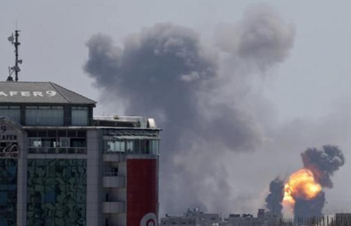 فلسطين   تصاعد الأوضاع في غزة.. ارتفاع عدد الشهداء إلى 12 ومقتل إسرائيليَيْن اثنين بصواريخ المقاومة الفلسطينية