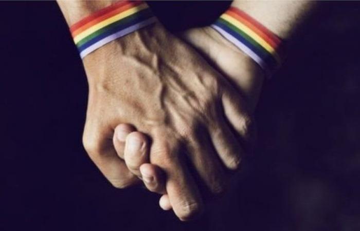 بروناي تعلق عقوبة الرجم حتى الموت بحق المثليين