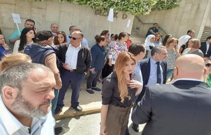 لبنان يغرق في الإضرابات: لا عمل في مصرف لبنان والمرفأ والضمان!