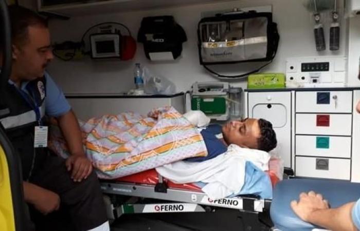 مصر | أتذكرون طبيباً مصريا بترت يده وساقه؟ هذا ما حدث له
