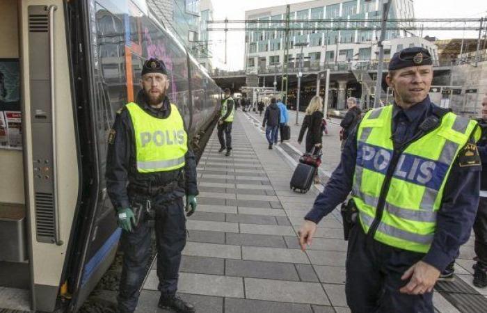 السويد تعلن طرد اثنين من دبلوماسييها من روسيا