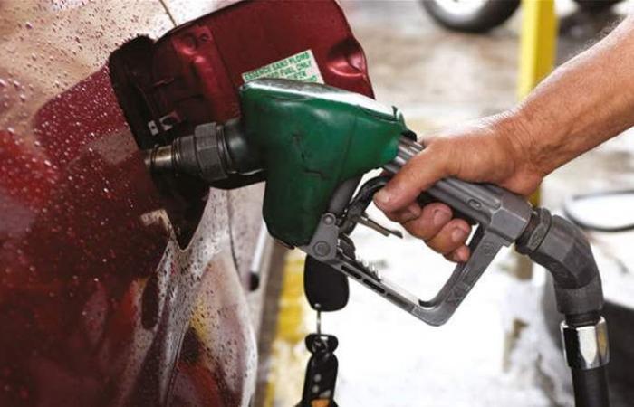 على أبواب الصيف.. سعر صفيحة البنزين سيصل إلى 30 ألفا؟