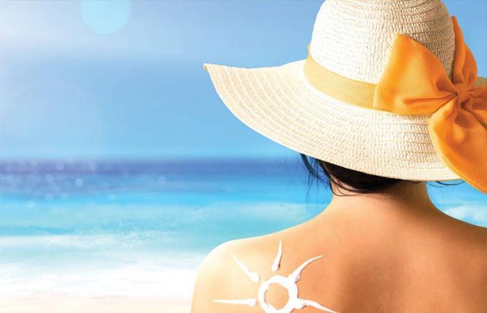ما الأفضل لجلدنا هذا الصيف… البحر أو المسبح؟