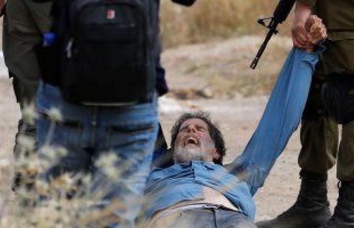 قوات الاحتلال الإسرائيلى تعتقل 8 فلسطينين فجراً