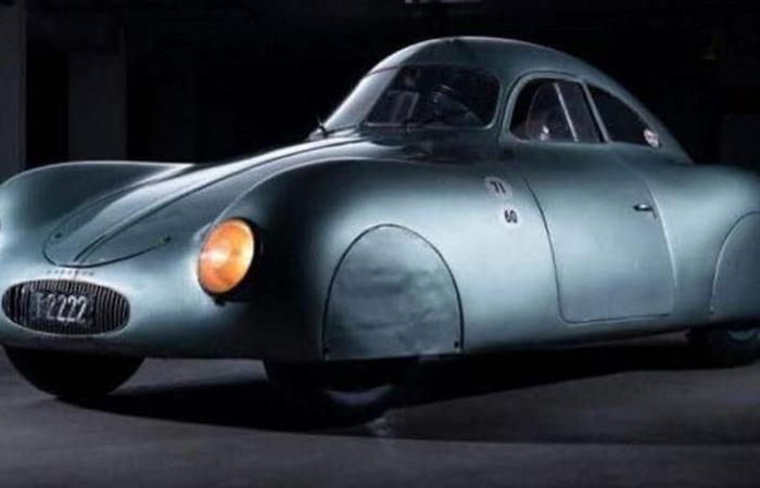سيارة بورش من عمر الحرب العالمية الثانية للبيع.. وهذا سعرها!
