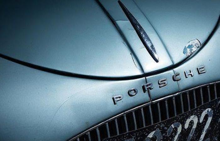 """بالصور: عرض أقدم سيارة """"بورش"""" للبيع بمبلغ خيالي"""