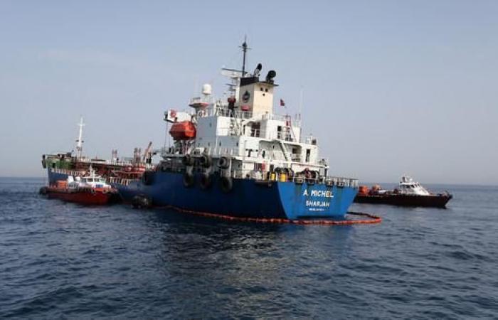 الخليح   عُمان تدين تخريب السفن قبالة الإمارات