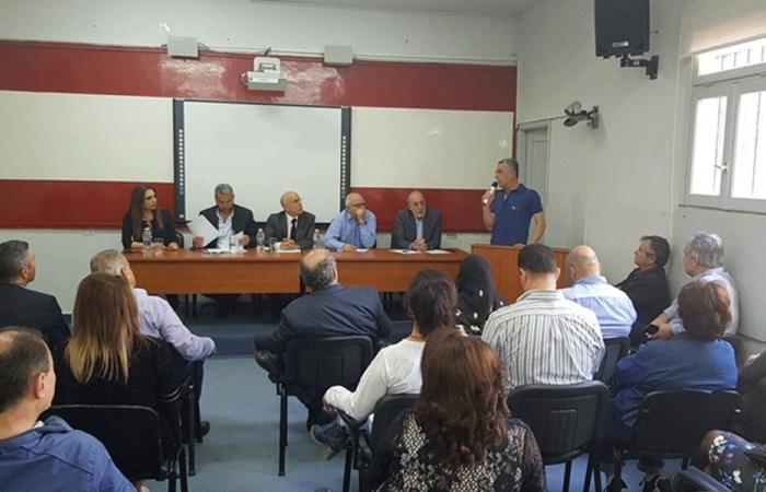 """أساتذة """"اللبنانية"""" في البقاع: للاستمرار بالإضراب المفتوح"""