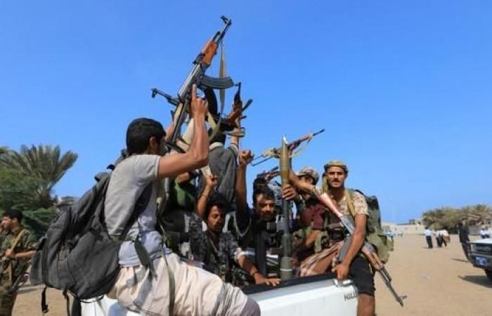 اليمن | الحوثيون يدفعون بتعزيزات كبيرة باتجاه جنوب الحديدة