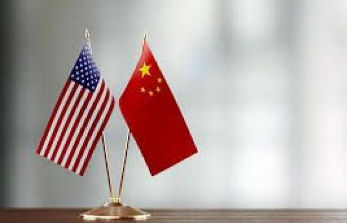 الصين وضعت دبلوماسيًا سابقًا ورجل أعمال كنديين قيد التوقيف رسميًا