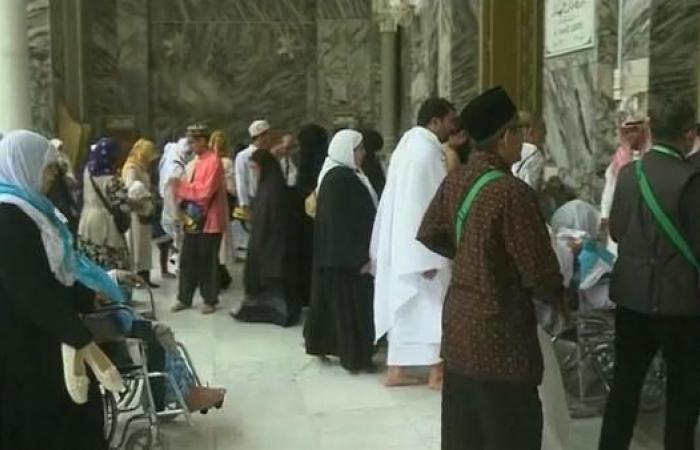 الخليح   أكثر من 7 ملايين تأشيرة عمرة بأول 10 أيام في رمضان