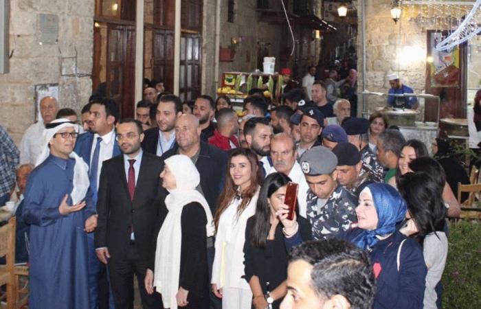 داوود وبخاري جالا في صيدا بدعوة من بهية الحريري