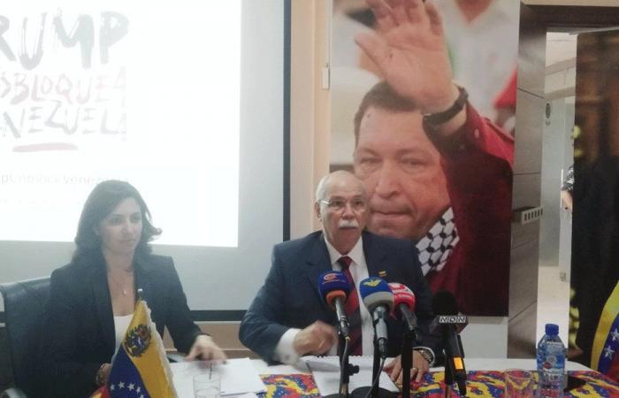 سفير فنزويلا: حرب حقيقية على بلادنا