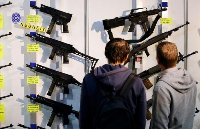 استفتاء في سويسرا حول تشديد شروط الحصول على الأسلحة
